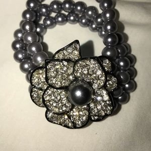 Grey pearl and rhinestone bracelet.